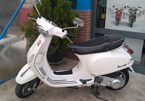 VESPA Super 125 IE