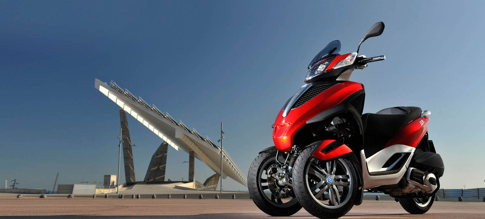 piaggio-beverly-mp3-yourban-background